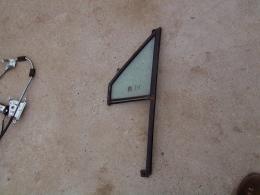 Glas LV portier driehoek open ruitje XJ/gebruikt