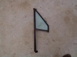 Glas RV portier driehoek ruitje XJ/gebruikt