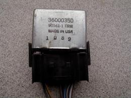 Relais 36000350 85-92 XJ/gebruikt
