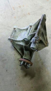 Airco pomp beugel + wieltje 1988-1992 XJ/gebruikt